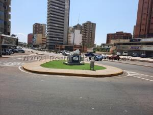 Oficina En Alquileren Maracaibo, Paraiso, Venezuela, VE RAH: 21-22841
