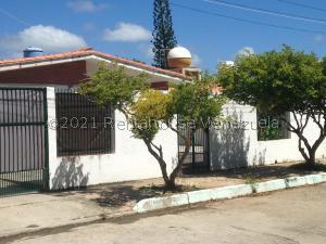 Casa En Ventaen Margarita, Luisa Caceres De Arismendi, Venezuela, VE RAH: 21-22851