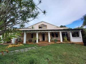 Casa En Ventaen Caracas, Santa Eduvigis, Venezuela, VE RAH: 21-22849