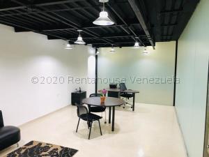 Local Comercial En Alquileren Caracas, Chuao, Venezuela, VE RAH: 21-22858