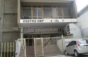 Oficina En Ventaen Caracas, Parroquia Santa Teresa, Venezuela, VE RAH: 21-22874