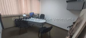 Oficina En Alquileren Caracas, Los Dos Caminos, Venezuela, VE RAH: 21-22863