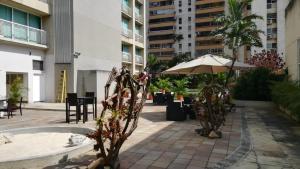 Apartamento En Alquileren Caracas, Santa Eduvigis, Venezuela, VE RAH: 21-22868