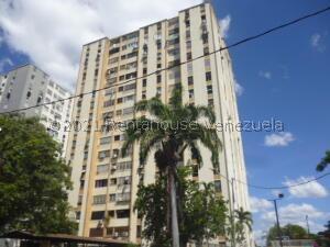 Apartamento En Ventaen Barquisimeto, Las Trinitarias, Venezuela, VE RAH: 21-22865