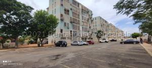 Apartamento En Ventaen Maracaibo, Los Claveles, Venezuela, VE RAH: 21-22867