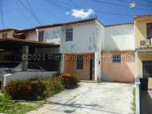 Casa En Ventaen Cabudare, Parroquia Cabudare, Venezuela, VE RAH: 21-22869