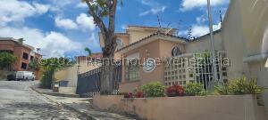 Casa En Ventaen Caracas, Miranda, Venezuela, VE RAH: 21-22883