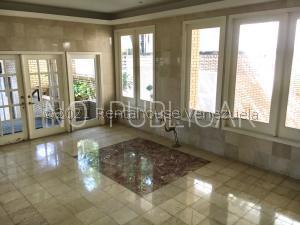 Apartamento En Ventaen Caracas, La Castellana, Venezuela, VE RAH: 21-22902