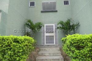 Apartamento En Ventaen Guatire, La Sabana, Venezuela, VE RAH: 21-23064