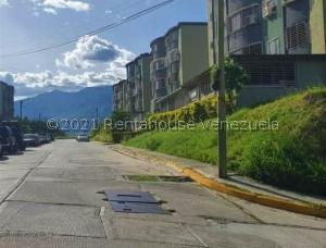 Apartamento En Ventaen Guatire, El Marques, Venezuela, VE RAH: 21-22914
