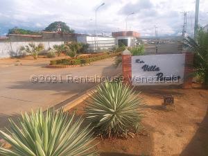 Casa En Ventaen Ciudad Bolivar, Conjunto Residencial Villas Paraiso, Venezuela, VE RAH: 21-23937