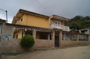 Casa En Ventaen Caracas, El Junquito, Venezuela, VE RAH: 21-22927