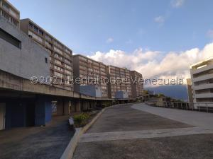 Apartamento En Ventaen Caracas, El Encantado, Venezuela, VE RAH: 21-22931