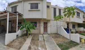 Apartamento En Ventaen Maracay, Coropo, Venezuela, VE RAH: 21-22979