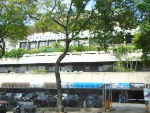 Local Comercial En Ventaen Caracas, Prado Humboldt, Venezuela, VE RAH: 21-23015