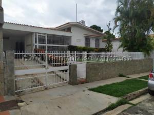 Casa En Ventaen Valencia, La Viña, Venezuela, VE RAH: 21-22998