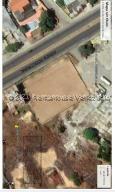 Terreno En Ventaen Cabimas, Ambrosio, Venezuela, VE RAH: 21-23030