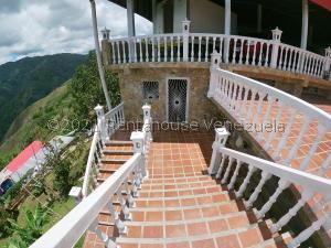 Apartamento En Ventaen Caracas, Hoyo De La Puerta, Venezuela, VE RAH: 21-23031