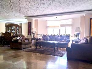 Apartamento En Ventaen Maracaibo, Santa Maria, Venezuela, VE RAH: 21-23059