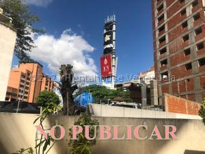 Terreno En Ventaen Caracas, Las Mercedes, Venezuela, VE RAH: 21-23032