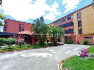 Apartamento En Ventaen Maracay, Guaicamacuto, Venezuela, VE RAH: 21-23095