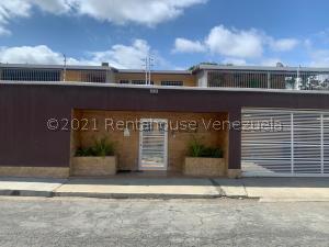 Casa En Ventaen Caracas, El Marques, Venezuela, VE RAH: 21-23104