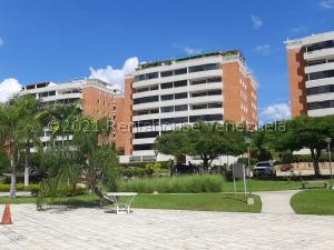 Apartamento En Ventaen Guarenas, Guarenas, Venezuela, VE RAH: 21-23106