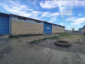 Galpon - Deposito En Ventaen Cabudare, El Placer, Venezuela, VE RAH: 21-23115