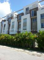 Apartamento En Alquileren Barquisimeto, Colinas Del Viento, Venezuela, VE RAH: 21-23144