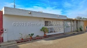 Casa En Ventaen Maracaibo, La Picola, Venezuela, VE RAH: 21-23138