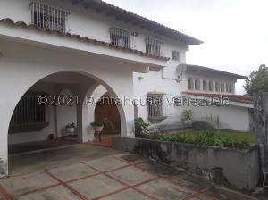 Casa En Ventaen Caracas, La Lagunita Country Club, Venezuela, VE RAH: 21-23161
