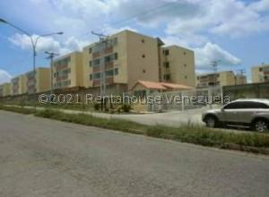 Apartamento En Ventaen Santa Teresa, La Raiza, Venezuela, VE RAH: 21-23153