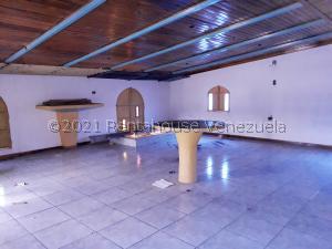 Galpon - Deposito En Ventaen Coro, Centro, Venezuela, VE RAH: 21-23158