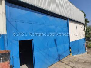 Galpon - Deposito En Alquileren Guatire, El Ingenio, Venezuela, VE RAH: 21-23187