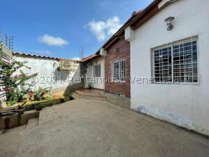 Casa En Ventaen Punto Fijo, Puerta Maraven, Venezuela, VE RAH: 21-23255