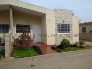 Casa En Ventaen Ciudad Bolivar, Agua Salada, Venezuela, VE RAH: 21-23232