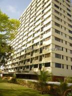 Apartamento En Ventaen Higuerote, Ciudad Balneario Higuerote, Venezuela, VE RAH: 21-24058