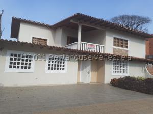 Casa En Ventaen San Juan De Los Morros, Urbanizacion Falcon Crest, Venezuela, VE RAH: 21-22933