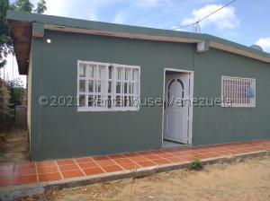 Casa En Ventaen Punto Fijo, Guanadito, Venezuela, VE RAH: 21-23265
