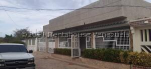 Casa En Ventaen Maracaibo, Sabaneta, Venezuela, VE RAH: 21-23273