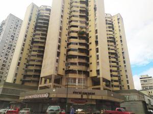 Apartamento En Ventaen Caracas, Parroquia La Candelaria, Venezuela, VE RAH: 21-23303