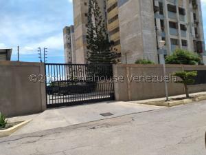 Apartamento En Ventaen Maracaibo, Ciudadela Faria, Venezuela, VE RAH: 21-23299