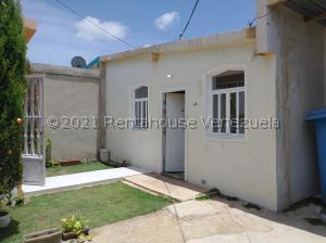 Casa En Ventaen Punto Fijo, Las Adjuntas, Venezuela, VE RAH: 21-23324