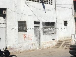 Galpon - Deposito En Ventaen Caracas, Catia, Venezuela, VE RAH: 21-23352