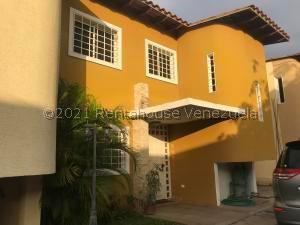 Townhouse En Ventaen Ciudad Bolivar, Paseo Heres, Venezuela, VE RAH: 21-23356