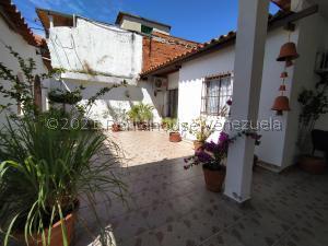 Casa En Ventaen La Morita, Villa Del Centro, Venezuela, VE RAH: 21-23561