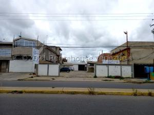 Galpon - Deposito En Ventaen Ciudad Ojeda, Barrio Libertad, Venezuela, VE RAH: 21-23394