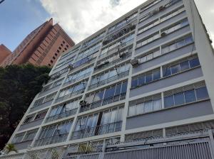 Apartamento En Ventaen Caracas, Sabana Grande, Venezuela, VE RAH: 21-23542