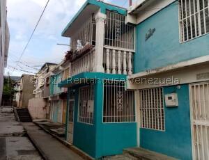 Casa En Ventaen Barquisimeto, Parroquia Juan De Villegas, Venezuela, VE RAH: 21-23417