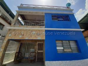 Casa En Ventaen Maracay, 23 De Enero, Venezuela, VE RAH: 21-23425